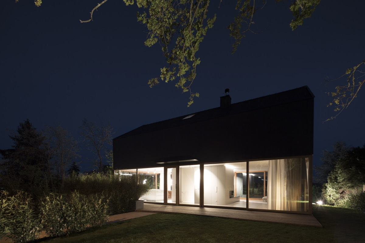 haus r asperg. Black Bedroom Furniture Sets. Home Design Ideas